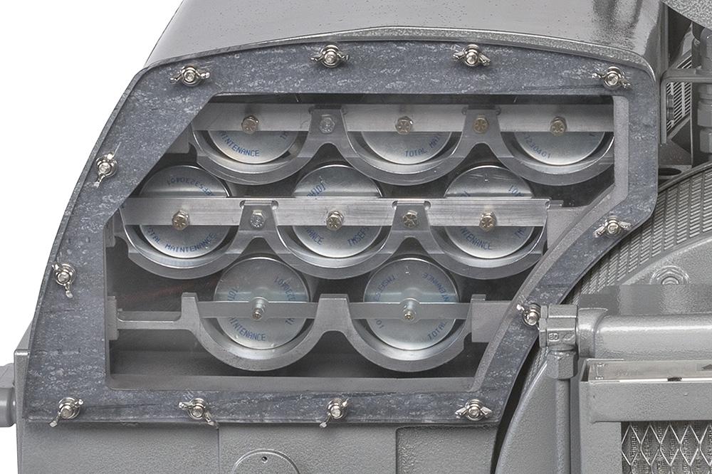 TMS630 Vacuum Pump Filter Rack Detail Photo